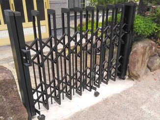 エクステリアリフォーム イノシシの侵入を防ぐ門扉